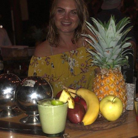 Mulberry Project Tulum: Amazing cocktails. Spot the Erykah Avocadu!!!