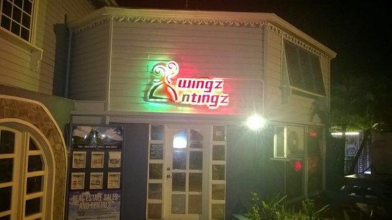 Wingz N Tingz at Night