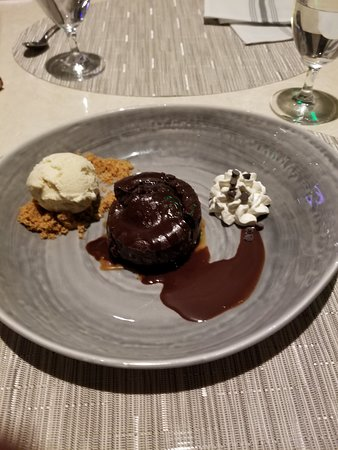 Middlebury, CT: Brownie with Ice Cream!