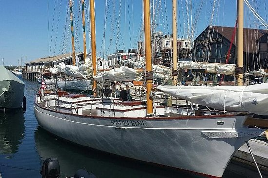 Volle dag Newport Harbor Sail uit New ...