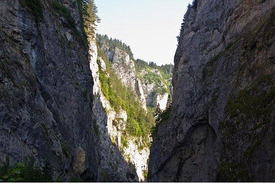 Tour della grotta Yagodinska da
