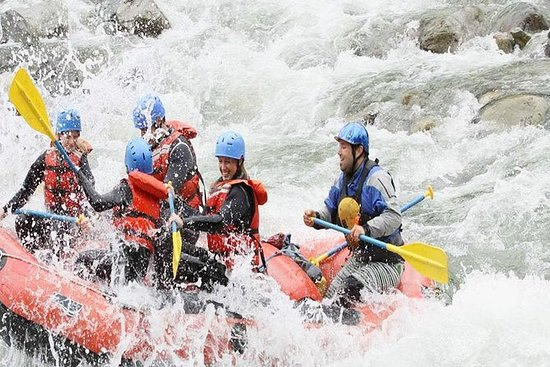Ayung River Rafting and Tanah Lot...