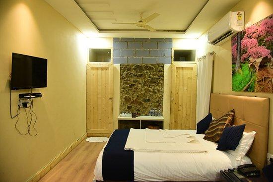 Interior - Picture of Hotel Toppers Corner, Mount Abu - Tripadvisor