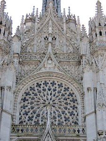 Cathedrale Notre Dame de Evreux: photo recuperer sur internet n'étant pas doué pour la photographie .