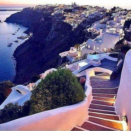 Oía Santorini un paraíso en la tierra... La magia de la naturaleza...