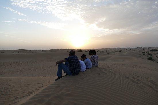 Dubai: Sunset Camel Trek & Red Dunes Safari with BBQ at Al Khayma Camp: Waiting for the sunset