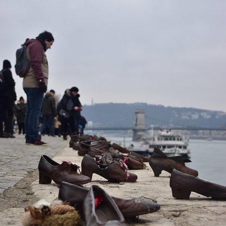 Schuhe Am Donauufer Budapest Bewertungen Und Fotos