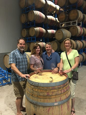 Wine Cube Tours: Zialena