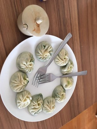 Spinach and yak cheese momos