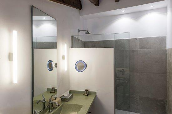 Palau Sa Font: Bathroom