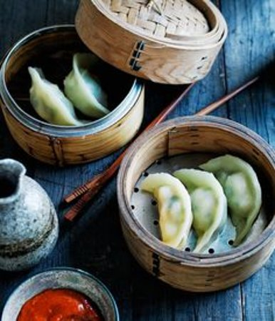 DIM SUM, steamed dumplings, handmade, fresh, vegetables/vegan or with meat