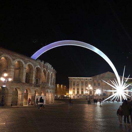 La storica piazza di Verona