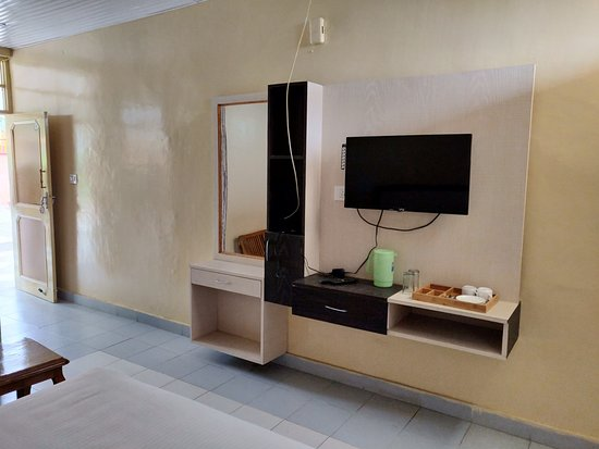 Interior - Picture of POPS Hotel and Restaurant, Palampur - Tripadvisor