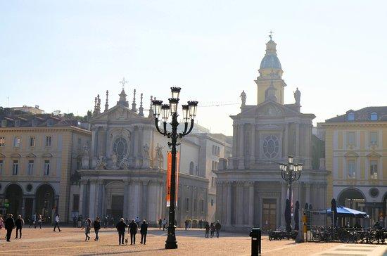 Chiese di San Carlo e Santa Cristina : 教会