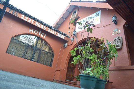 Hotel la Posada del Sol San Jose Costa Rica: Hotel posada del sol san jose COSTA RICA estamos en BOOKIN EXPEDIA HOSTELWPRLD FACCEBOOK.