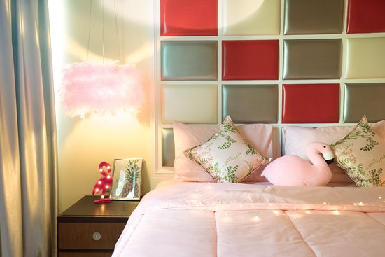 New Theme room - Flamingo