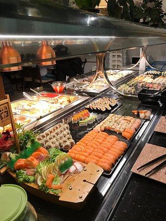 HuaDu: Sushi-Buffett