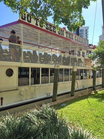 "Fort Lauderdale Daily Sightseeing Cruise ""On the Venice of America."": The Carrie B cruise ship."