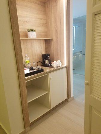 hallway to the bathroom/shower area