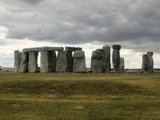 Archaeologist-led Stonehenge, Bath and Avebury Small Group tour from London: Stonehendge