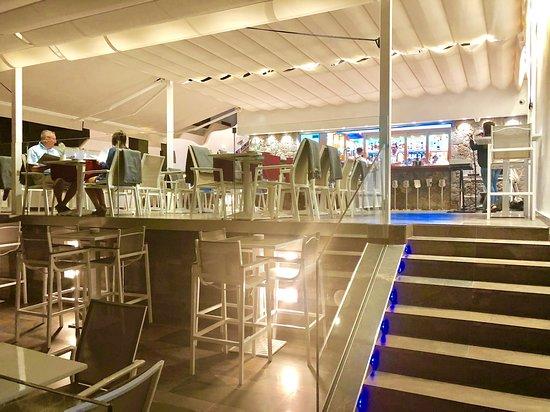 Atlantico Lounge Lanzarote: Special evening wih live music