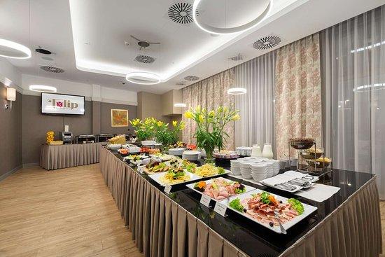 Golden Tulip Krakow City Center Hotel: Restaurant