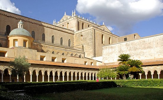 Монреале, Италия: Monreale Cathedral and cloisters