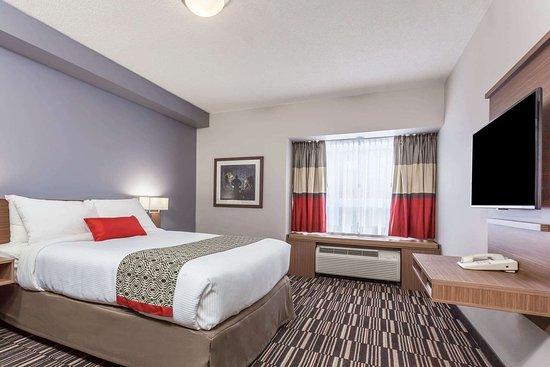 Kirkland Lake, Kanada: 1 Queen Bed Room
