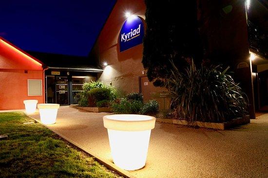 Hotel Kyriad Lannion Perros-Guirec: hotel kyriad lannion perros guirec