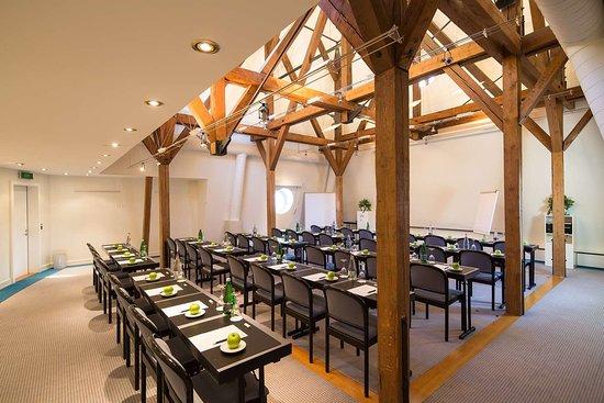 Meeting Room - Jungfrau
