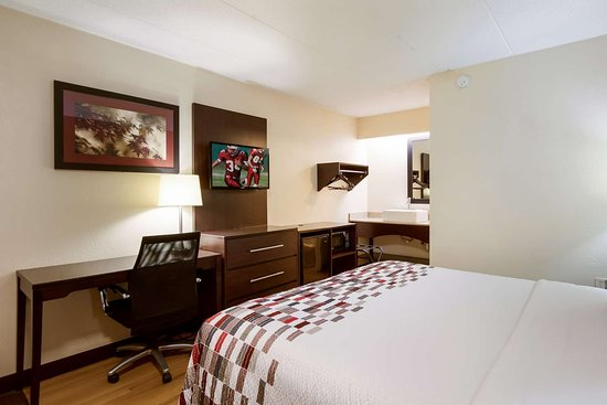 Red Roof Inn Grand Rapids Airport: Deluxe King