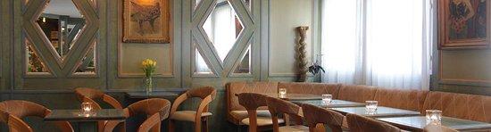 Tulip Inn Lausanne Beaulieu: Tulip Inn Lausanne lobby bar