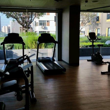 Novotel Bangkok Sukhumvit 4: Vue différente du coin fitness