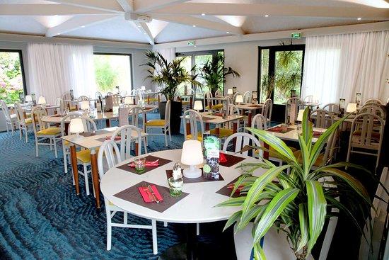 Hotel Kyriad Lannion Perros-Guirec: HOTEL KYRIAD RESTAURANT