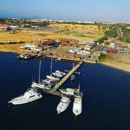 Punta Cardon, Венесуэла: Hermosa vista de la marina del Club Nautico Cardón.