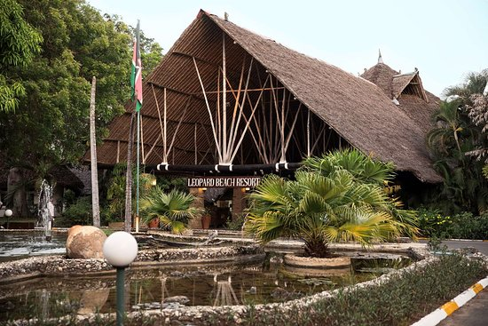 Leopard Beach Resort & Spa: HOTEL GROUNDS