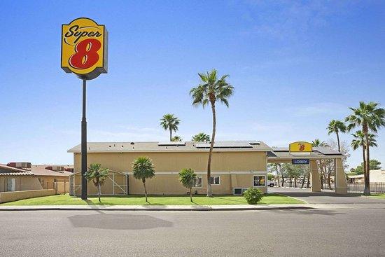 Super 8 by Wyndham El Centro