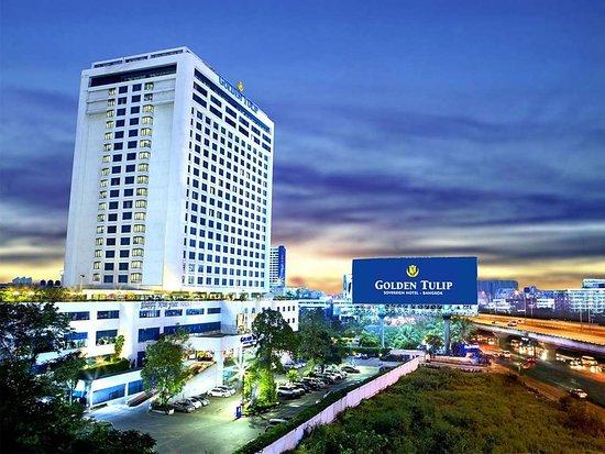 Golden Tulip Sovereign Hotel Bangkok: Exterior