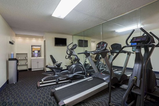 Days Inn by Wyndham Newark Wilmington: Health club