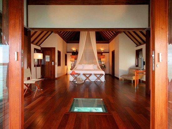 Sofitel Moorea Ia Ora Beach Resort: Guest room