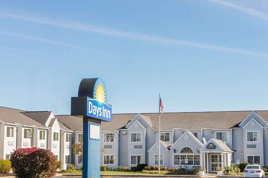 Days Inn & Suites by Wyndham Boardman: Days Inn Boardman
