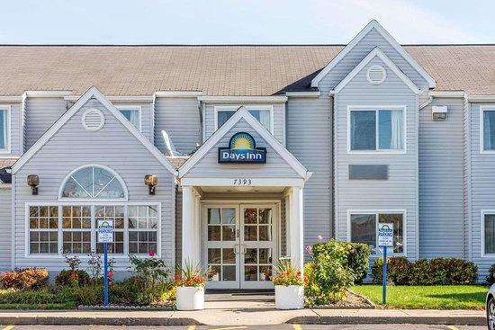 Days Inn & Suites by Wyndham Boardman: Welcome to the Days Inn Boardman