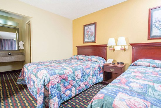 Antioch, TN: 2 Double Bed Room