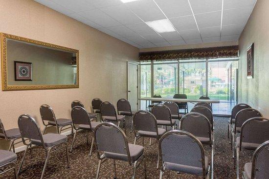 Days Inn by Wyndham Leesville: Meeting Room