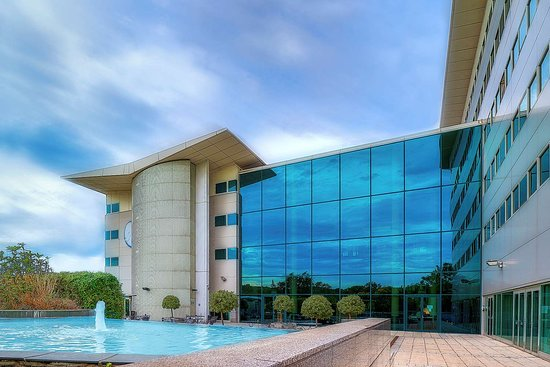 Arora Hotel Gatwick / Crawley: Hotel Exterior Main picture