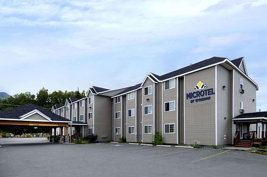 Microtel Inn & Suites by Wyndham Eagle River/Anchorage Are Hotel