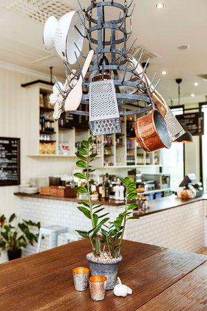 Paolo's restaurant & café