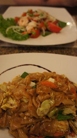Veranda: Пад-Тай и салат с креветками