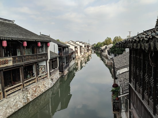 Huzhou Nanxun Old Town: the famous houses lining the canal