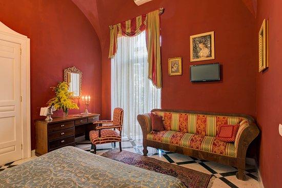 pompeian room